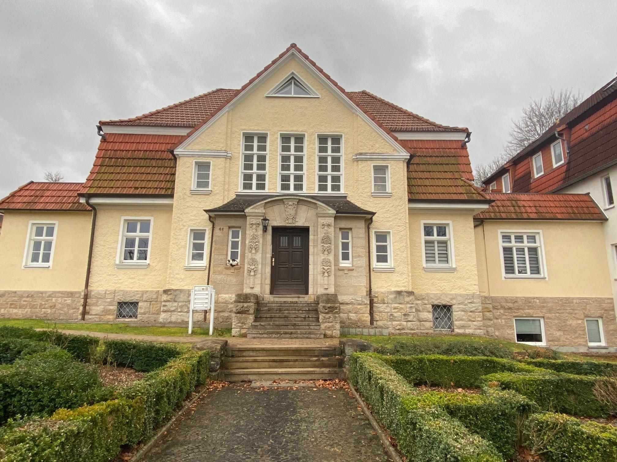 3 Zimmerwohnung in imposanter Gründerzeitvilla zu verkaufen – auch als Kapitalanlage