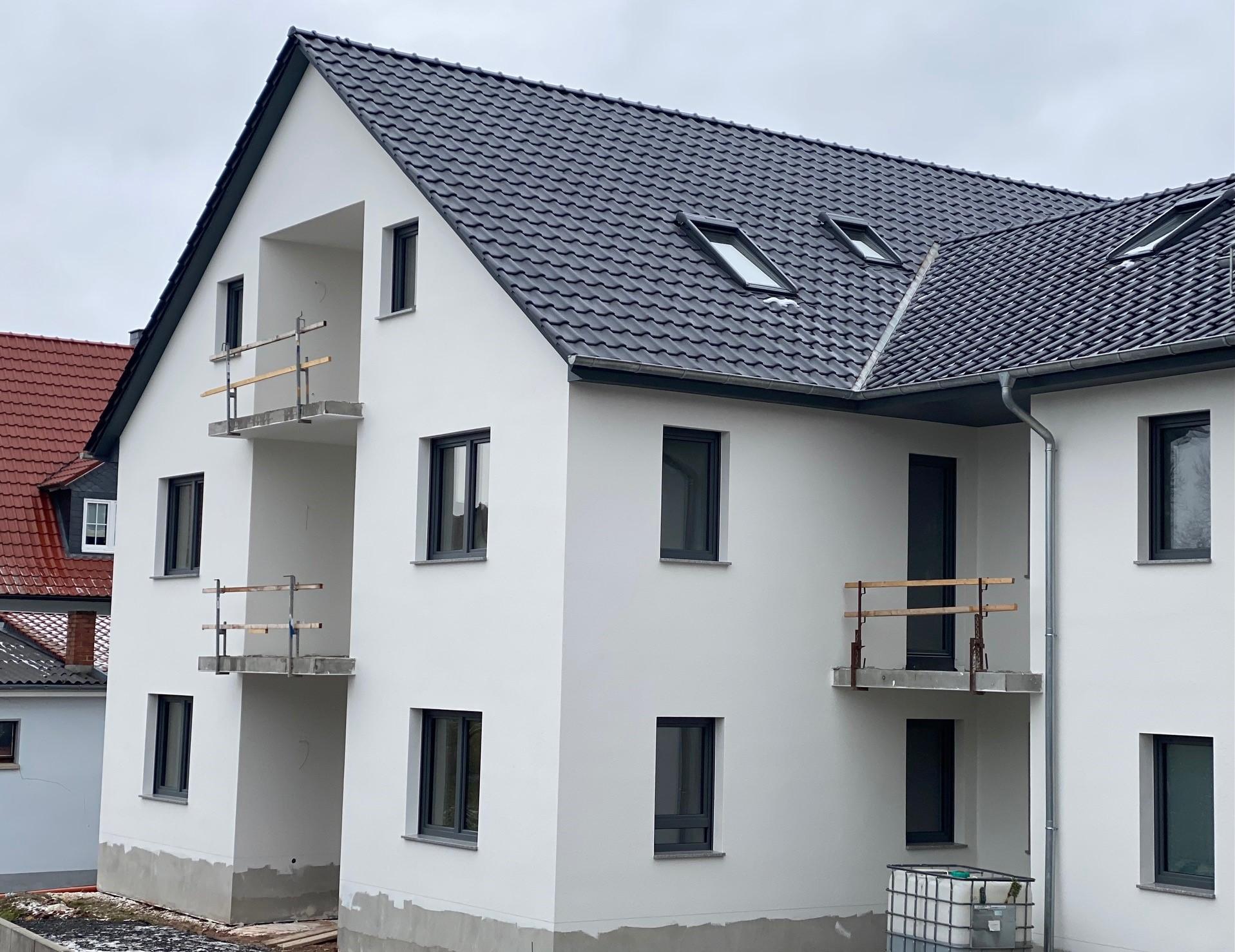 Erstbezug – helle und moderne 3 Zimmer Wohnung mit Balkon in Kirchgandern zu vermieten